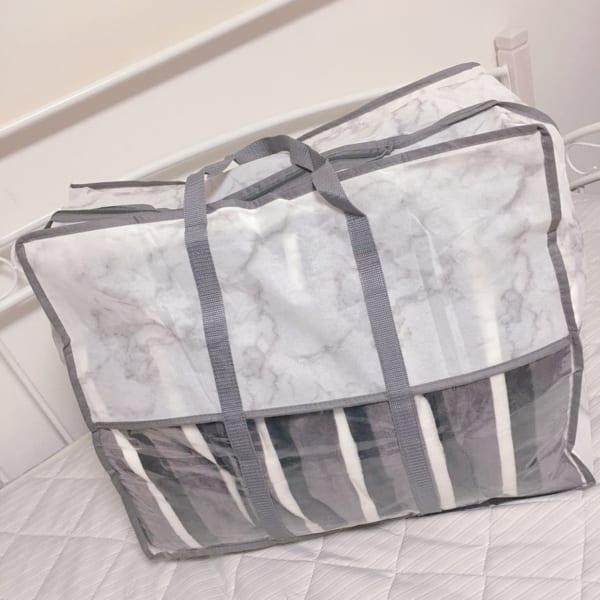 3COINSの布団収納バッグ