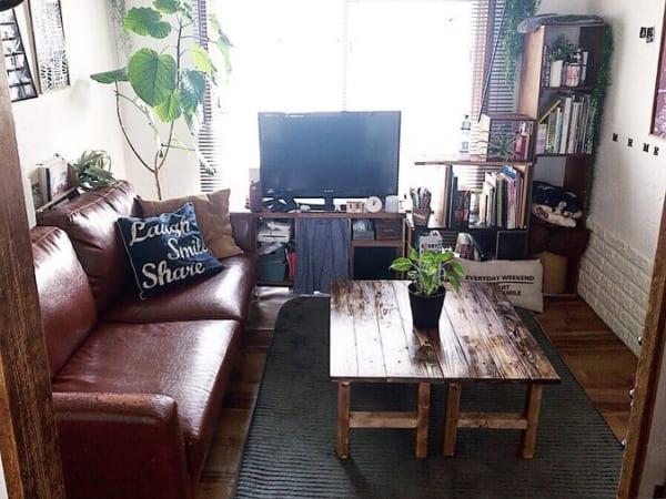 隠れ家的な雰囲気が漂う、渋格好いい空間4