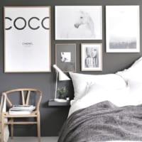 ポスターでインテリアをおしゃれに♪デザインの選び方&部屋での飾り方特集