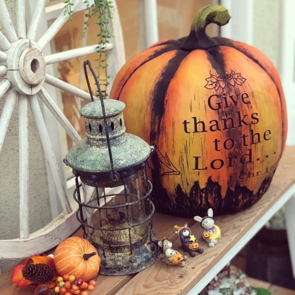 秋と言えばハロウィン!かぼちゃを取り入れたディスプレイ