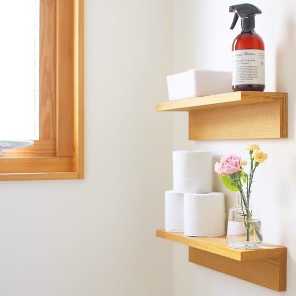 「壁に付けられる家具」を使った床見せ収納1