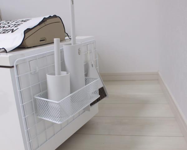 「ワイヤーネット」を使った床見せ収納
