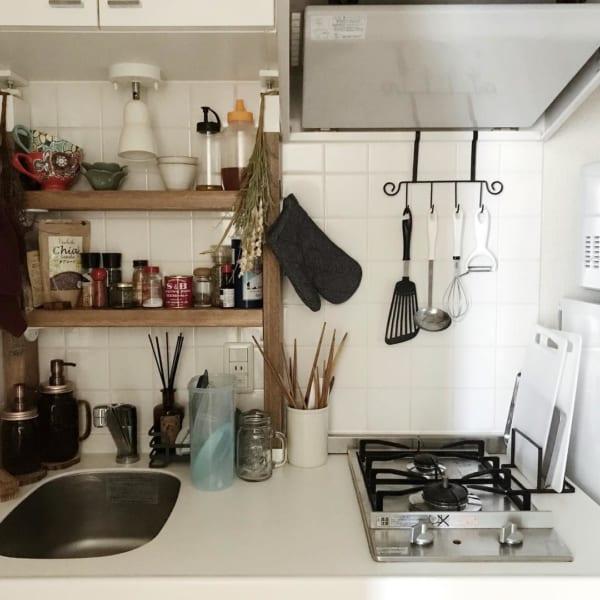 ラブリコの棚で作る調味料の見せる収納