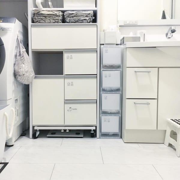 狭いスペースにも設置しやすく、小物類の管理に便利4