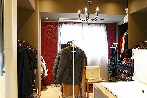 服も、本も、バスルームも。隠さずに空間に解放するメリット2