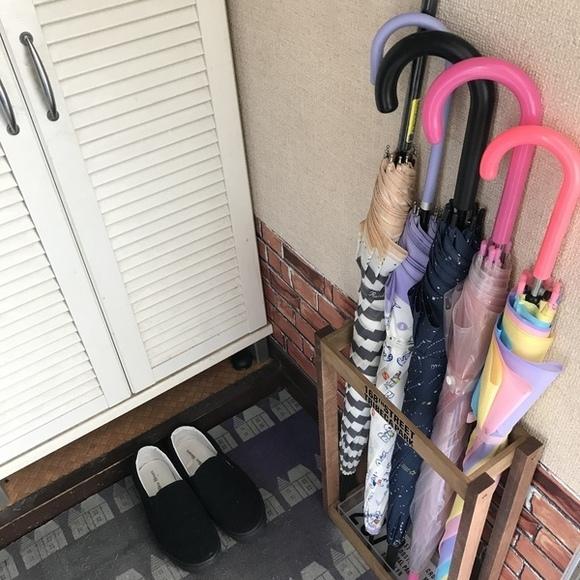 水滴のついた傘もOKのアイデアDIY収納