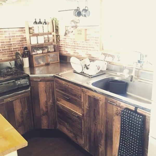 ダイソーの木目調シートを使ったキッチン棚