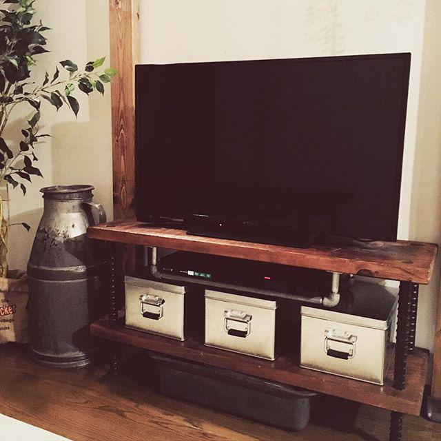 テレビ台11