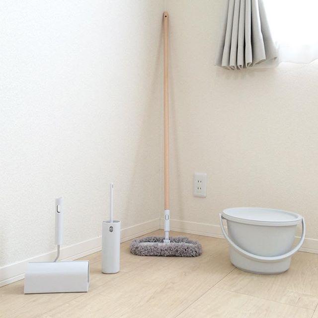 【無印】フローリングドライモップで床の乾拭き掃除