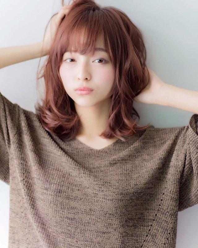 頬骨 高い 髪型 ミディアムヘア5