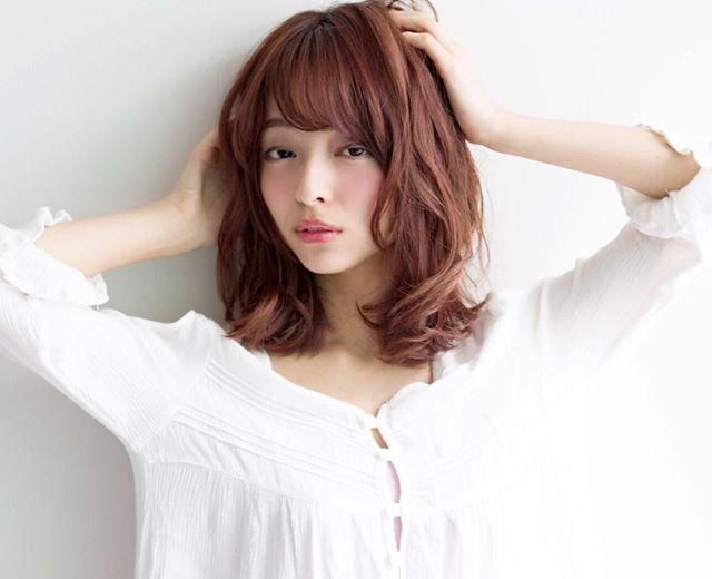 30代女性 髪色 ピンク3
