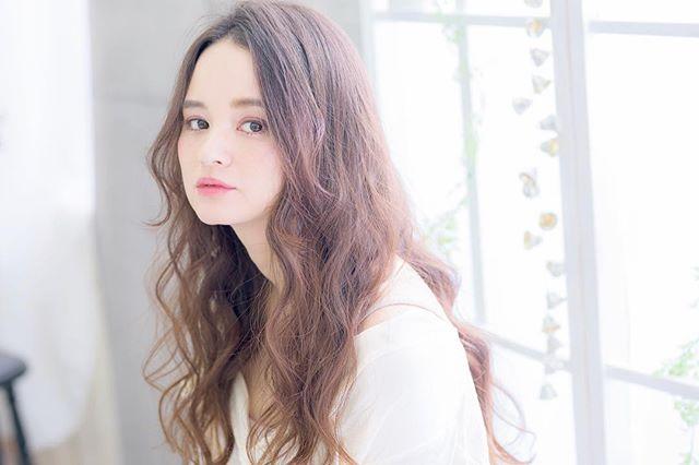 50代女性×ロングヘア②シフォンウェーブロング
