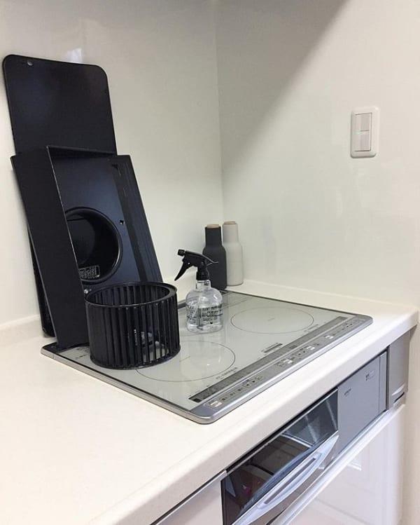 キッチン換気扇の簡単な基本の布拭き掃除