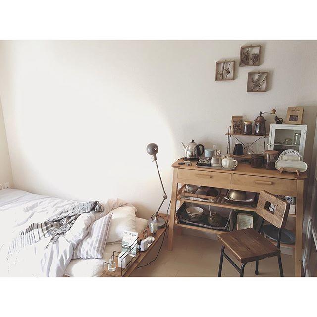 他の家具はベッドから見えないレイアウト