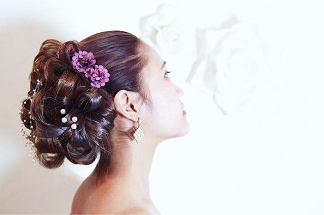 アクセで存在を際立たせるヘアスタイル