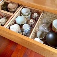 お皿を無駄なく収納するには?場所を取りやすい食器のアイデア収納