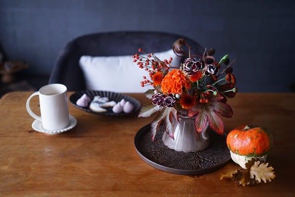 気軽に楽しむハロウィンの花飾り!ハロウィン色の花材の選び方3