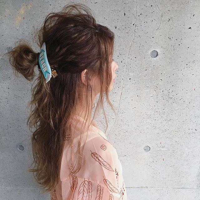クリップで簡単に存在感をUPさせるまとめ髪