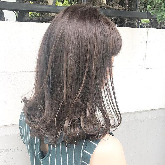 50代女性×ミディアムヘア②Cカーブミディアム