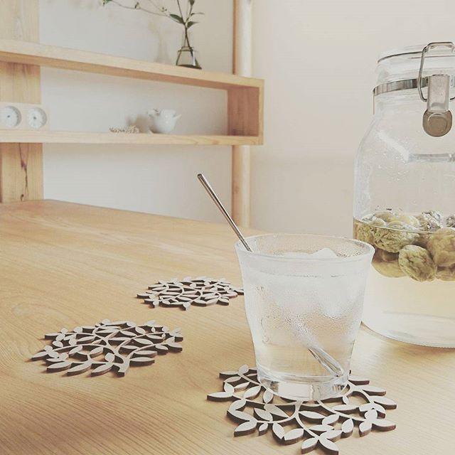 優しく暮らしの馴染む無印良品のガラス食器
