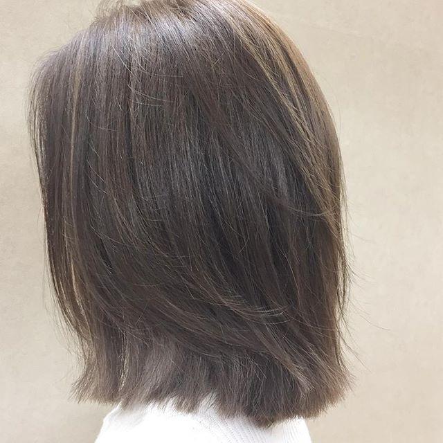 30代女性 髪色 ハイライト2