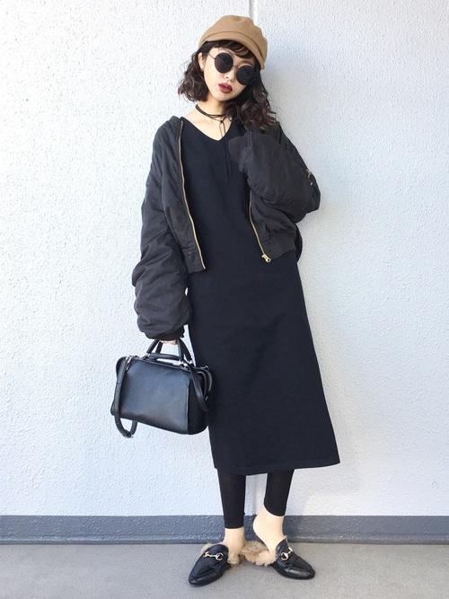 【1月の大阪向けの服装】黒ワンピ×黒ブルゾン