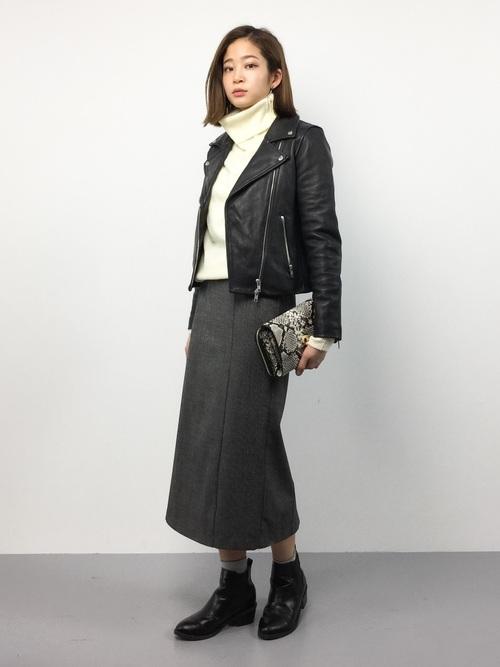 最高気温12度 服装 スカートコーデ2