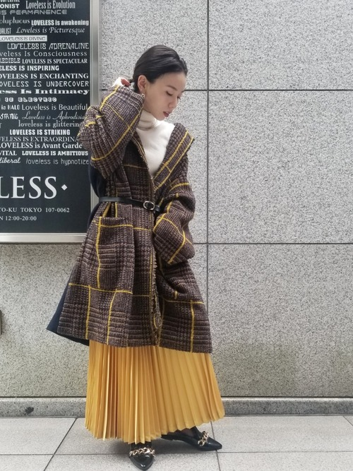 チェックガウン×プリーツスカート