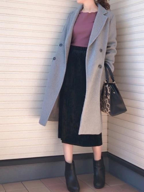 GUのミモレ丈スカート×チェスターコート