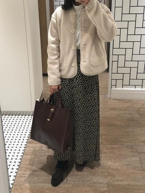 柄ロングスカート×フリースジャケット