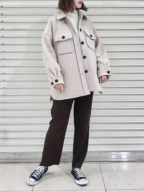 【1月の大阪向けの服装】ジャケット×茶色パンツ