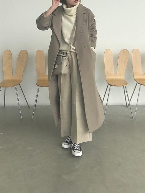 ロング丈コート×ワイドパンツ
