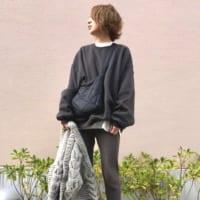 冬のレギンスコーデ24選♪今季流行りの着こなし術をカラー別にご紹介!