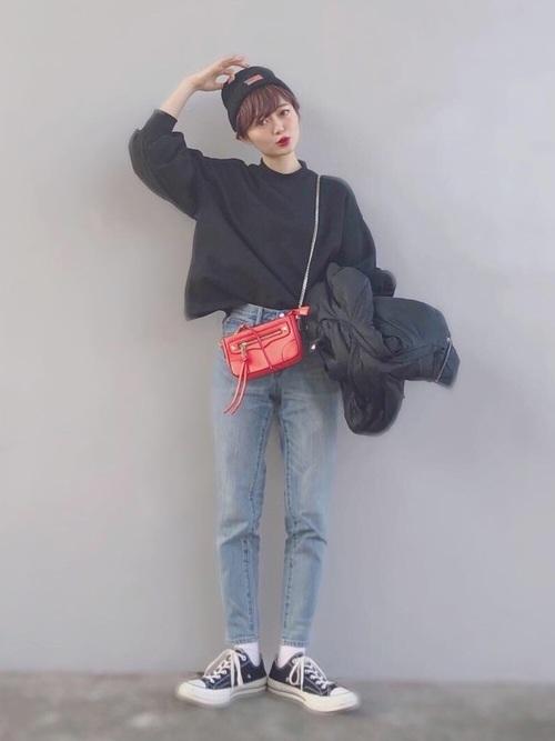 【1月の大阪向けの服装】黒スウェット×デニム