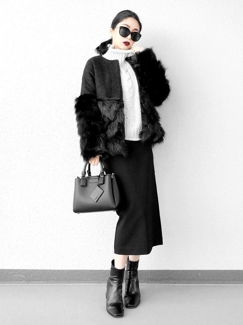 【1月の大阪向けの服装】ファーコート×黒スカート