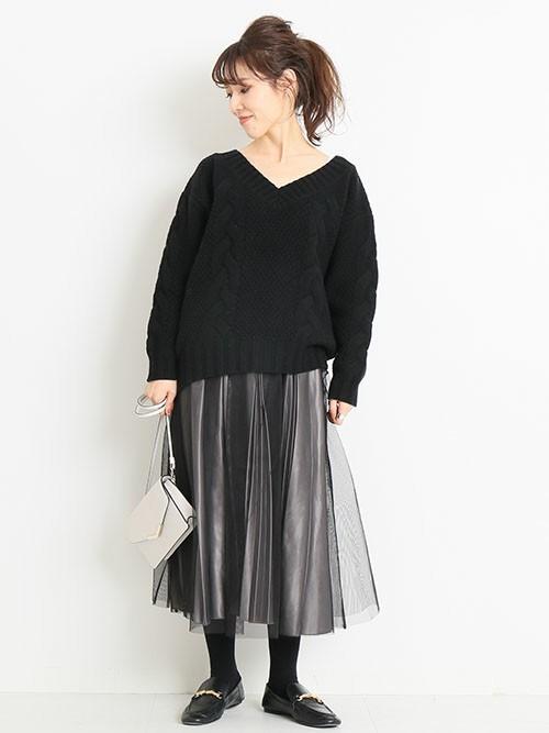 【1月の大阪向けの服装】ニット×チュールスカート