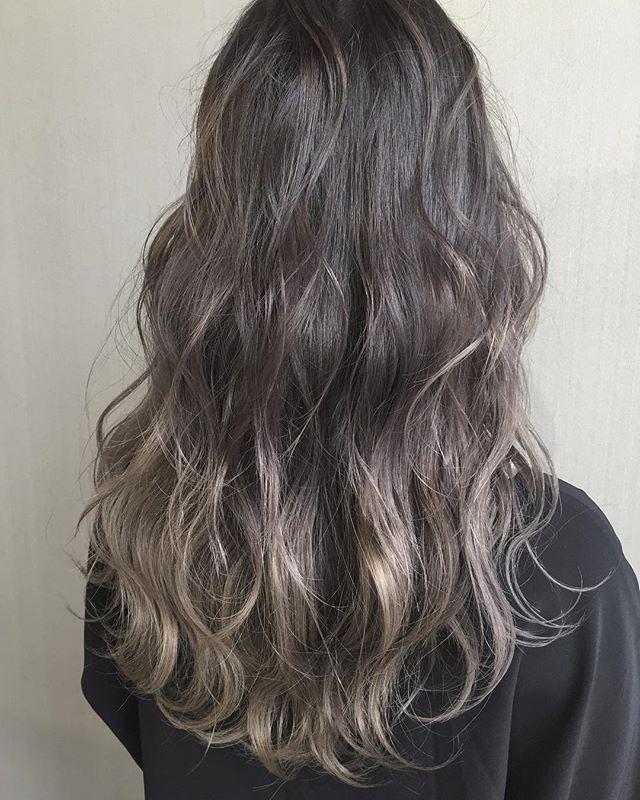 30代女性 髪色 ハイライト4