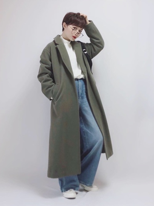 【1月の大阪向けの服装】カーキコート×デニム