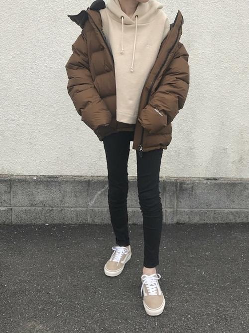 名古屋 2月 服装 パンツコーデ2