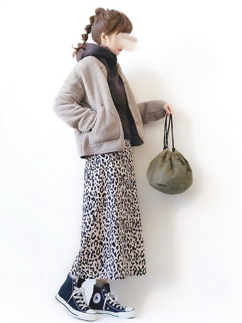 ベージュジャケットを使った【冬】コーデ