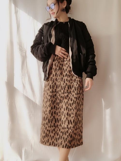 MA-1×レオパード柄スカート