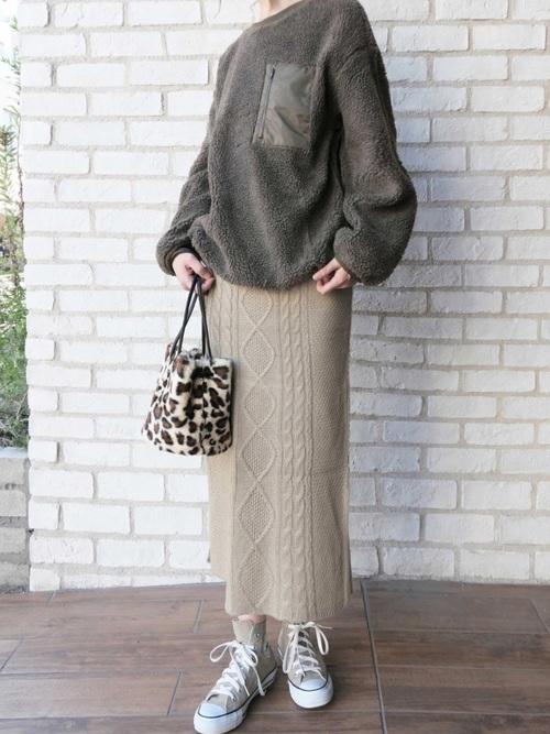 [CORNERS] ケーブル編みタイトスカート
