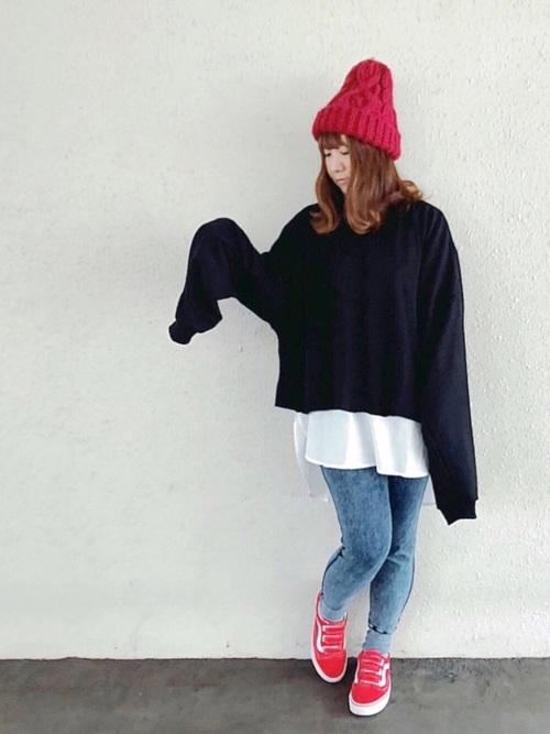 【レディース】赤ニット帽×デニムコーデ