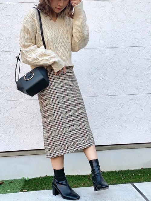 GU 秋スカート