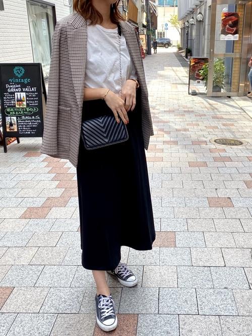 シンプルなブラックスカート11