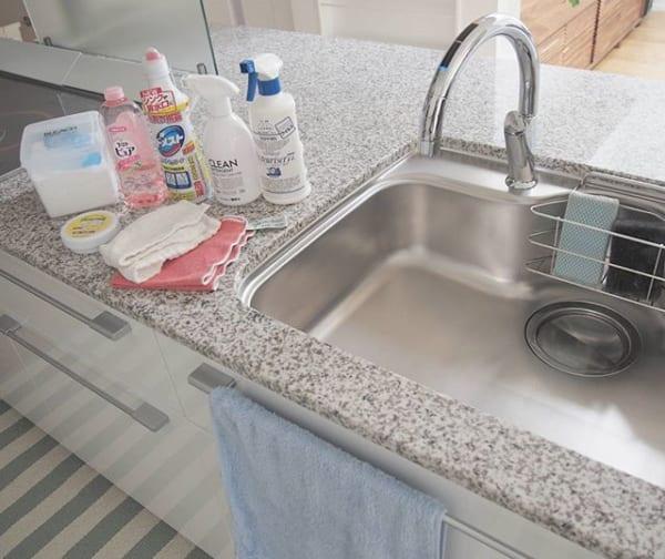 キッチンシンクの基本の布拭き簡単掃除