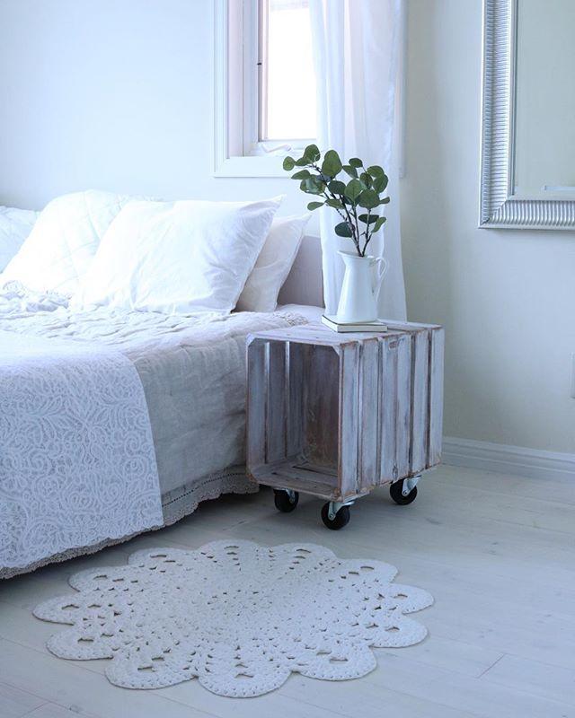 オールホワイトのベッドルーム