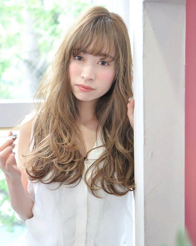 頬骨 高い 髪型 ロングヘア6