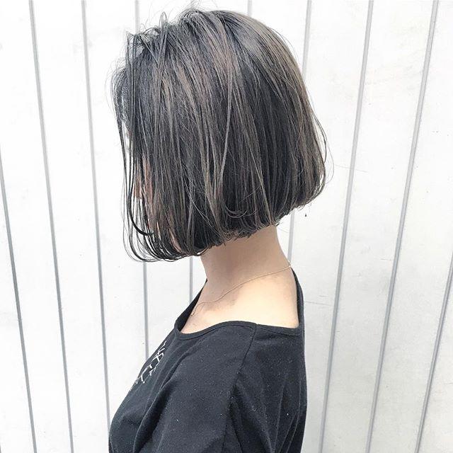 スーツ 大人女性 髪型 ボブ4