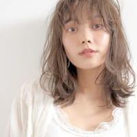ミディアム×ハイライトのヘアカタログ☆トレンドの外国人風に挑戦しよう♪
